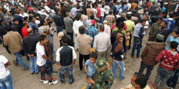 Manifestation à Benghazi pour réclamer une opération militaire pour reprendre la ville de Syrte au groupe...