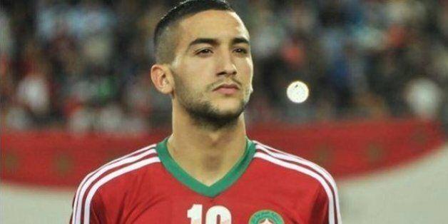 Hakim Ziyech, le jeune footballeur qui séduit les clubs européens (et