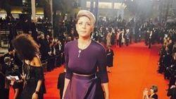 Leila Hadioui monte les marches du Festival de Cannes