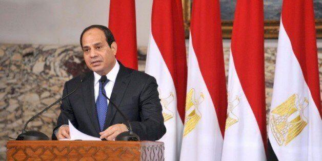 Crash d'EgyptAir: aucune hypothèse privilégiée, selon le président