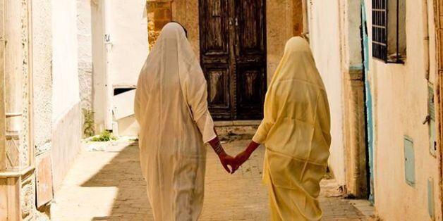 Tunisie: Rania, bisexuelle dans une Tunisie qui criminalise