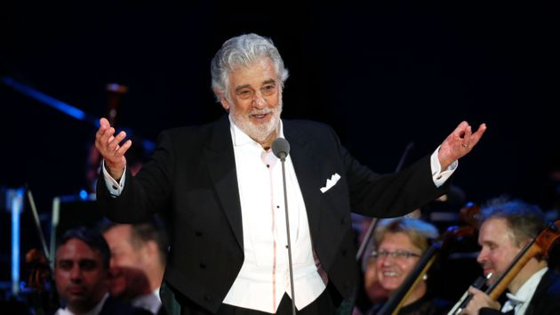 Plácido Domingo Withdraws From Met Opera After Harassment Reports