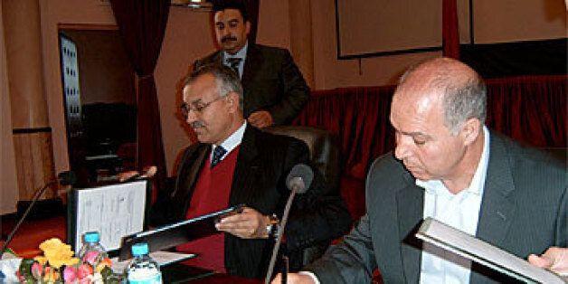 De droite à gauche, Bouziane Outiti et l'ancien wali de la région de Marrakech Bouchaïb El