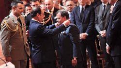 Mehdi Qotbi décoré par François