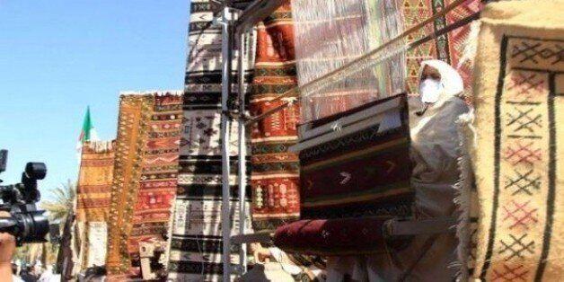 Ghardaïa: le tapis de pure laine, principale vedette de la fête nationale du