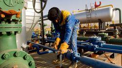 Le pétrole creuse ses pertes, toujours préoccupé par les
