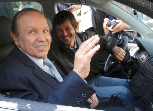 Saïd Bouteflika (à droite) était l'homme fort du régime de son frère...
