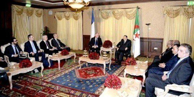 Le Président Bouteflika reçoit le ministre français des Affaires étrangères, Jean-Marc