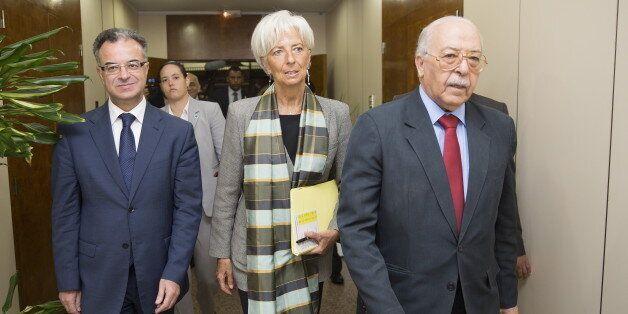 Christine Lagarde, directrice du FMI, avec le gouverneur de la Banque centrale de Tunisie Chadli Ayari...
