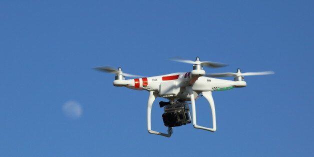 Un drone et des armes prohibées saisis par les douanes au port de