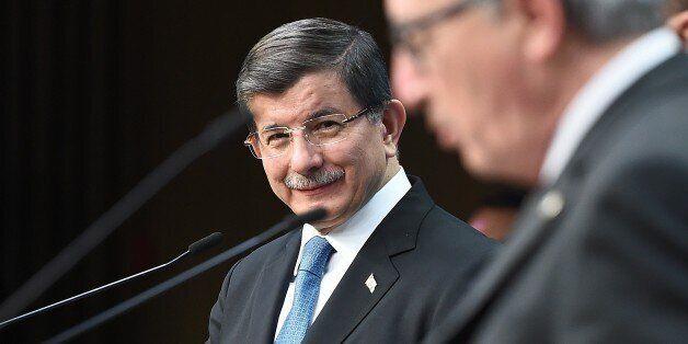 Au sommet de Bruxelles sur la crise des migrants, la Turquie fait monter les enchères alors que l'Union...