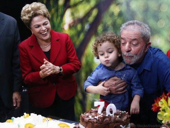 Entrée tumultueuse de l'ancien président Lula au gouvernement