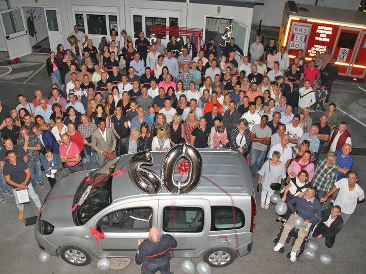 Les pompiers des Mureaux ont fêté dignement les 60 ans de leur collègue tétraplégique
