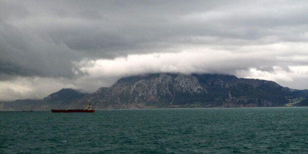 Le trafic maritime entre Tanger et Tarifa suspendu à cause du mauvais