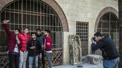 En Egypte, entre sapes et photos, les ados pauvres rêvent de