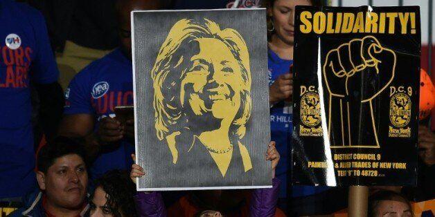 Echappées de Donald Trump et Hillary Clinton dans la course à la Maison