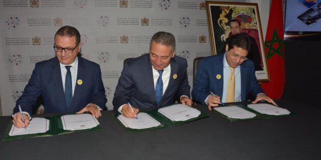 De gauche à droite, Mohamed Boussaid, ministre de l'Economie et des finances, Moulay Hafid Elalamy, ministre...