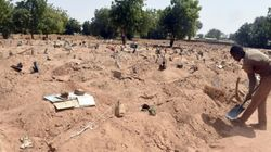 Nigeria: les fossoyeurs de Maiduguri enterrent les islamistes de Boko Haram et leurs