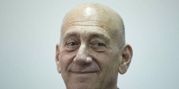 Israël: Ehud Olmert sera le premier chef de gouvernement israélien à purger une peine de