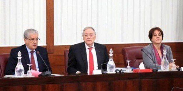 Révision de la Constitution: Le Premier ministre présente le projet devant la commission conjointe du