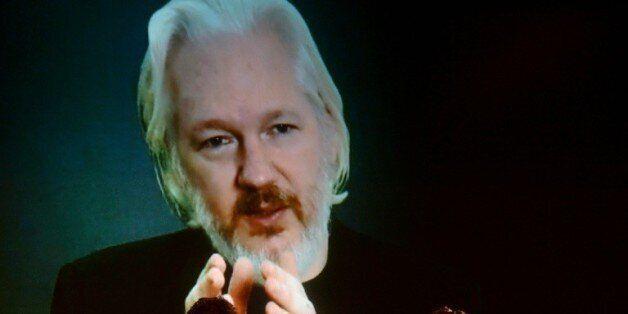 Assange se rendra à la police britannique en cas d'arbitrage défavorable de