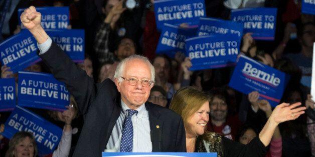 Bernie Sanders, bien ancré à gauche, a accroché Hillary Clinton dans