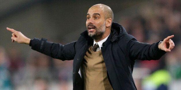 Pep Guardiola à Manchester City cet été pour 3