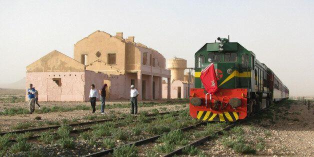 Oui, le train marocain apparu dans James Bond Spectre existe. Et vous pouvez y