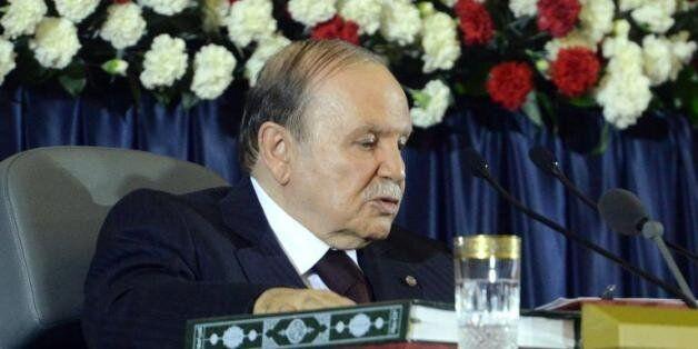 Révision de la Constitution: le président Bouteflika convoque le Parlement en ses deux chambres pour