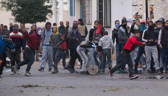 À Kasserine, entre les chômeurs et les émeutiers, deux visages de la révolte