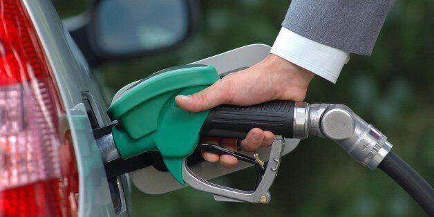 La baisse du cours du pétrole profitera-t-elle aux