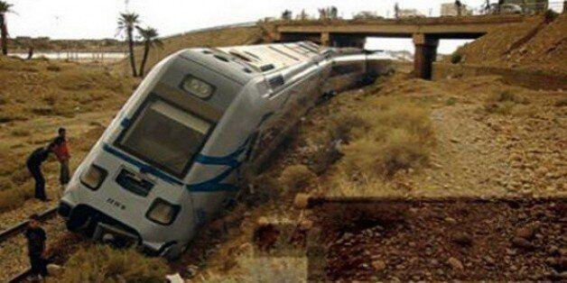 Biskra: un train de marchandises déraille près de Loutaya, 1 mort et 2