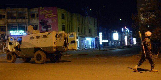 Attaque à Ouagadougou: au moins 20 morts, 126 personnes libérées, 3 jihadistes