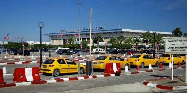 Tunisie: Le ministère du Transport lance un numéro vert pour dénoncer les arnaques des taxis! Comment...