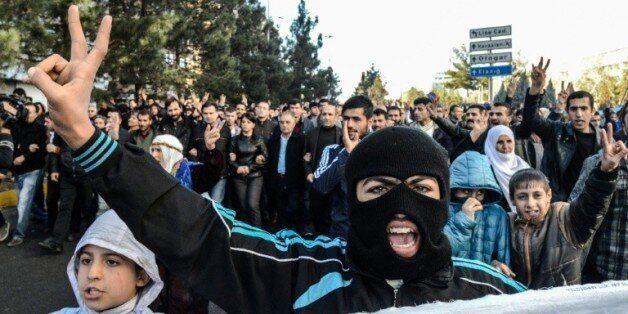 Turquie: l'offensive militaire contre les villes kurdes fait monter les tensions