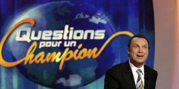 Samuel Étienne remplacera Julien Lepers