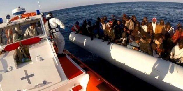 Plus de 3.700 migrants morts en Méditerranée en