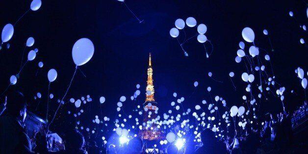 Lâcher de ballons pour le Nouvel An à Tokyo, le 1er janvier