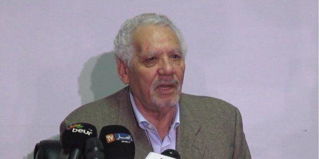 3ème sortie du général Khaled Nezzar pour démentir avoir proposé la présidence à Hocine Aït