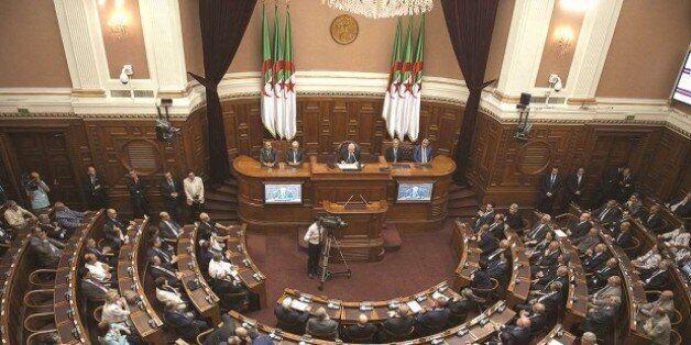 Le collège électoral convoqué pour le 29 décembre pour le renouvellement de la moitie du Conseil de la