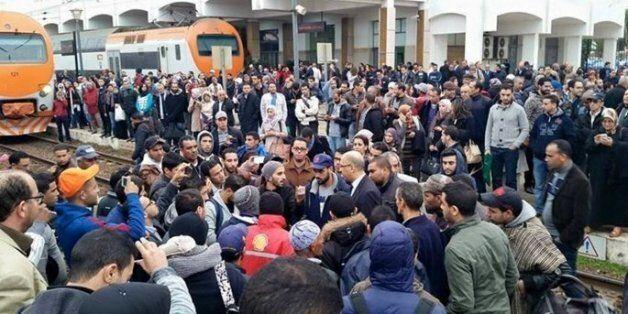 Bras de fer entre l'ONCF et les passagers après le retard d'un
