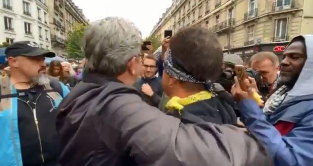 Jean Luc Melenchon lors de la manifestation contre la réforme des retraites mardi 24