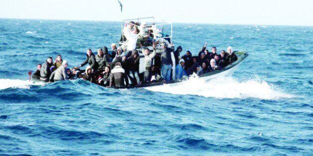 Seize émigrants clandestins arrêtés à