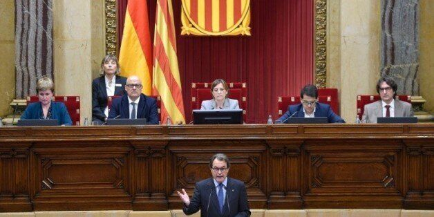 Le président indépendantiste catalan Artur Mas, lors d'une session au Parlement à Barcelone, le 9 novembre