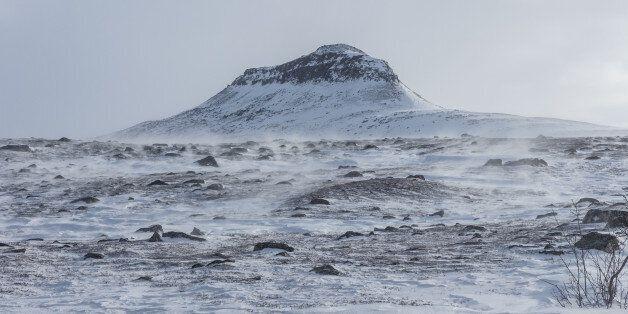 Pour célébrer les 100 ans d'indépendance de la Finlande, un Norvégien veut offrir une montagne à la