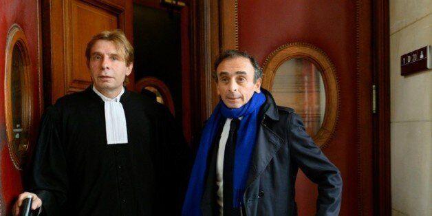 Eric Zemmour (d) et son avocat Olivier Pardo (g) au tribunal de Paris le 6 novembre
