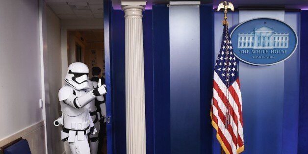 PHOTOS. Quand les stormtroopers (et R2-D2) de Star Wars débarquent à la Maison