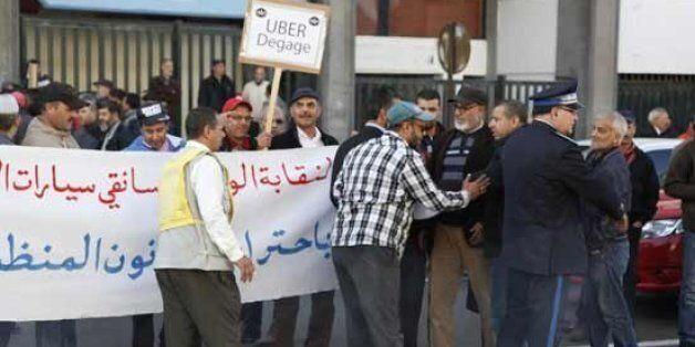 Les taxis casaouis manifestent contre