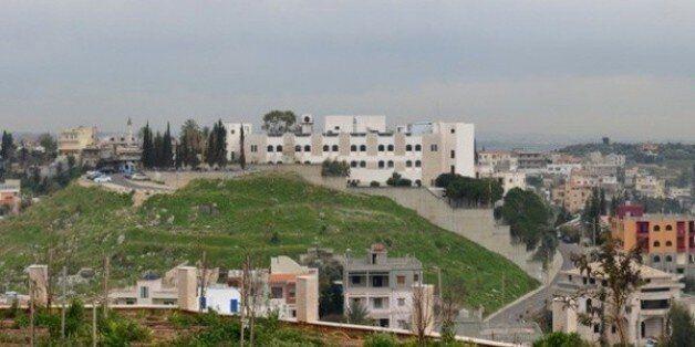 Agression d'un médecin à l'hôpital d'El Khroub, le directeur de la santé exhorte les travailleurs à s'en...