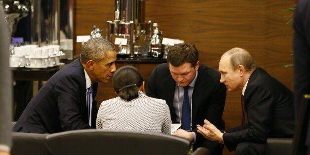 Vladimir Poutin et Barack Obama se sont isolés du reste des dirigeants du monde pour un aparté de 35
